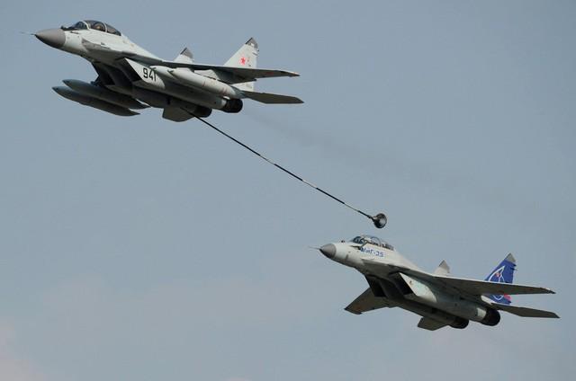 Uy lực máy bay chiến đấu đa năng MiG-35 vừa trình làng ảnh 2