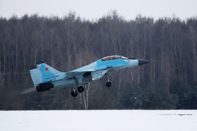 Uy lực máy bay chiến đấu đa năng MiG-35 vừa trình làng ảnh 4