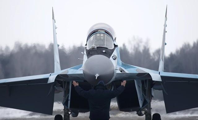 Uy lực máy bay chiến đấu đa năng MiG-35 vừa trình làng ảnh 5
