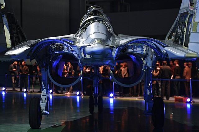 Uy lực máy bay chiến đấu đa năng MiG-35 vừa trình làng ảnh 8