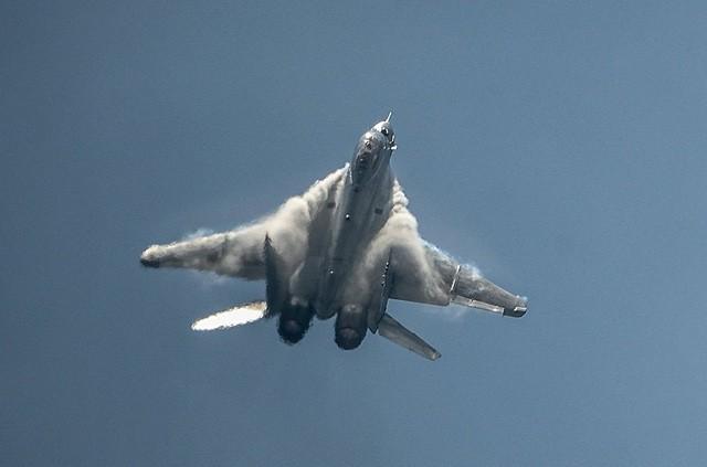 Uy lực máy bay chiến đấu đa năng MiG-35 vừa trình làng ảnh 10