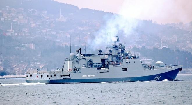 Tàu hộ vệ Nga vượt eo biển Thổ Nhĩ Kỳ tới Syria ảnh 5