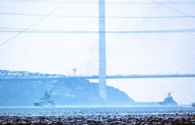 Tàu hộ vệ Nga vượt eo biển Thổ Nhĩ Kỳ tới Syria ảnh 7
