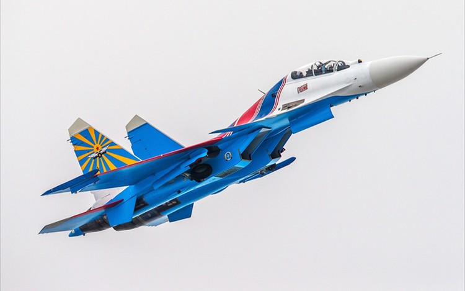 Một ngày tập luyện của đội bay biểu diễn hàng đầu nước Nga ảnh 4