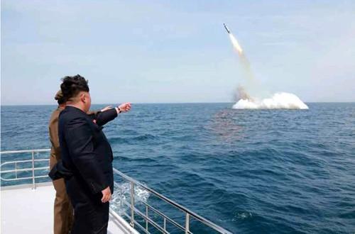 Chuyên gia Mỹ: Tên lửa Triều Tiên ngày càng nhanh và nguy hiểm ảnh 1