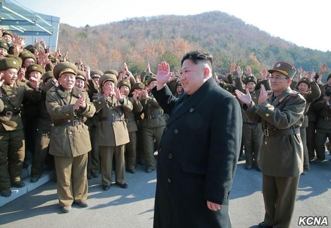 Triều Tiên công bố hình ảnh 4 tên lửa đạn đạo đồng loạt rời bệ phóng ảnh 8