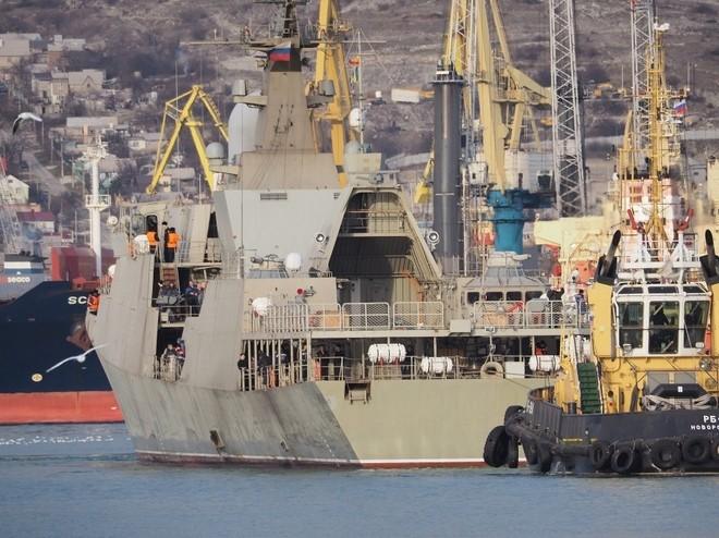 Chiến hạm tàng hình Gepard trầy trụa sau đợt thử nghiệm vũ khí trên biển ảnh 2