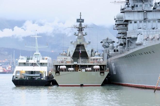Chiến hạm tàng hình Gepard trầy trụa sau đợt thử nghiệm vũ khí trên biển ảnh 6
