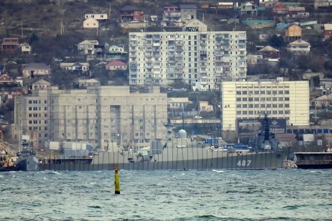 Chiến hạm tàng hình Gepard trầy trụa sau đợt thử nghiệm vũ khí trên biển ảnh 8