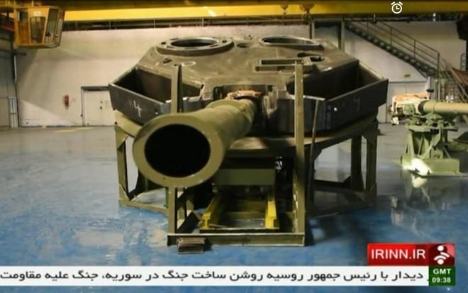 Iran trình làng xe tăng tự chế giống hệt T-90MS Nga ảnh 7