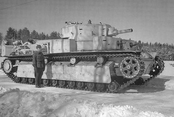Mẫu xe tăng 5 tháp pháo độc đáo của Liên Xô ảnh 1