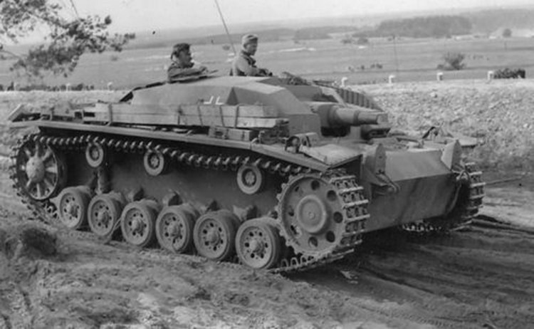 StuG III - khẩu pháo tự hành được phát xít Đức ưa chuộng nhất ảnh 1
