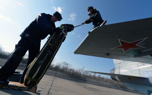 """""""Sát thủ đánh chặn"""" MiG-31 của Nga tập trận ở Viễn Đông ảnh 7"""