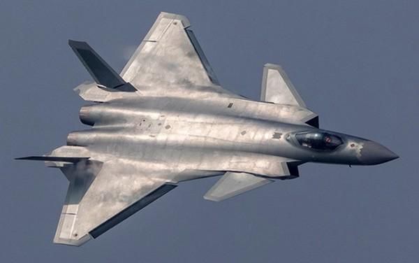 Lo ngại tiêm kích Mỹ, Trung Quốc vội biên chế máy bay tàng hình J-20 ảnh 1