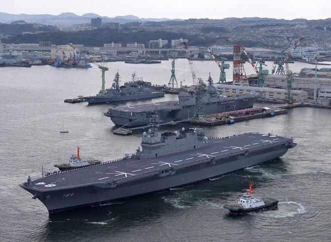 Lễ biên chế chiến hạm lớn nhất Nhật từ sau Thế chiến II ảnh 4