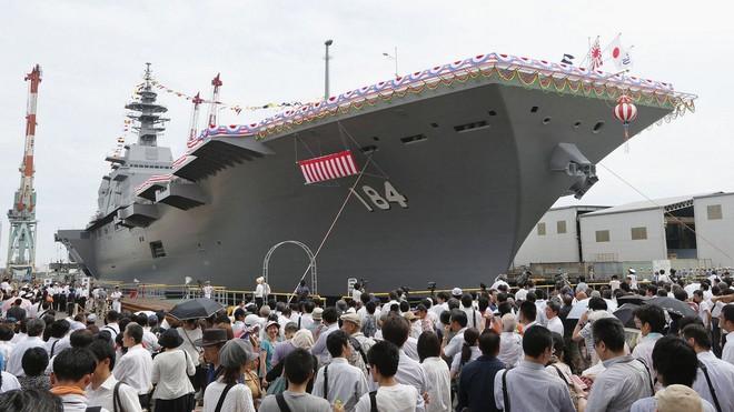 Lễ biên chế chiến hạm lớn nhất Nhật từ sau Thế chiến II ảnh 7