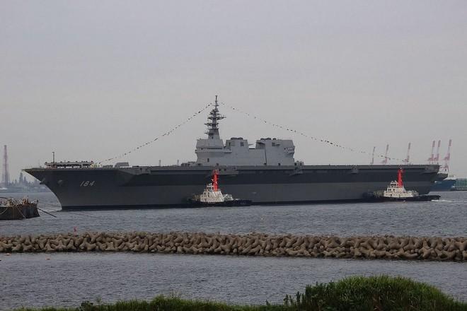 Lễ biên chế chiến hạm lớn nhất Nhật từ sau Thế chiến II ảnh 8