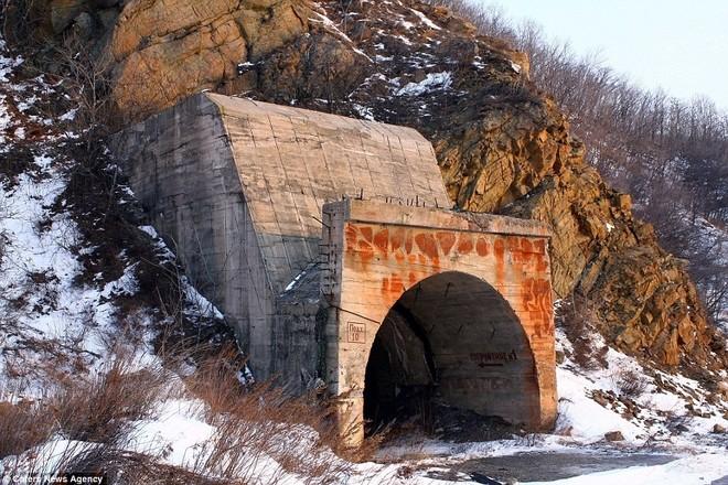 Căn cứ tàu ngầm hạt nhân tối mật của Liên Xô thời Chiến tranh Lạnh ảnh 1