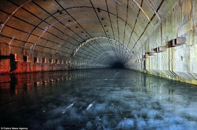 Căn cứ tàu ngầm hạt nhân tối mật của Liên Xô thời Chiến tranh Lạnh ảnh 8