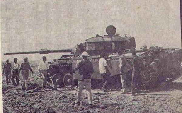 Trận đại chiến xe tăng lớn nhất thế giới từ sau Thế chiến II ảnh 2