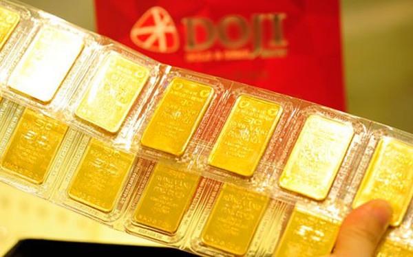 Giá vàng tăng vọt đầu tuần ảnh 1