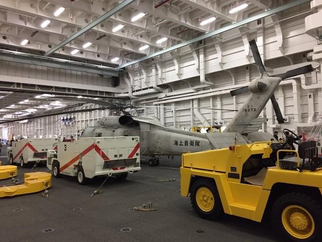 Bên trong tàu sân bay trực thăng lớn nhất của Nhật ảnh 4