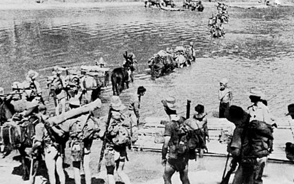 Trung úy Anh bị chém cụt tay vẫn đẩy lùi lính phát xít Nhật ảnh 2