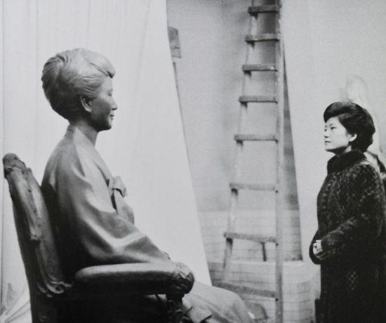 Cuộc đời bi kịch của bà Park Geun-hye từ Nhà Xanh tới song sắt nhà lao ảnh 3