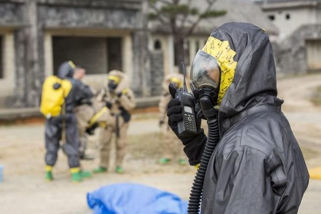 Quy trình khử độc từ vũ khí hủy diệt hàng loạt của quân đội Mỹ ảnh 4