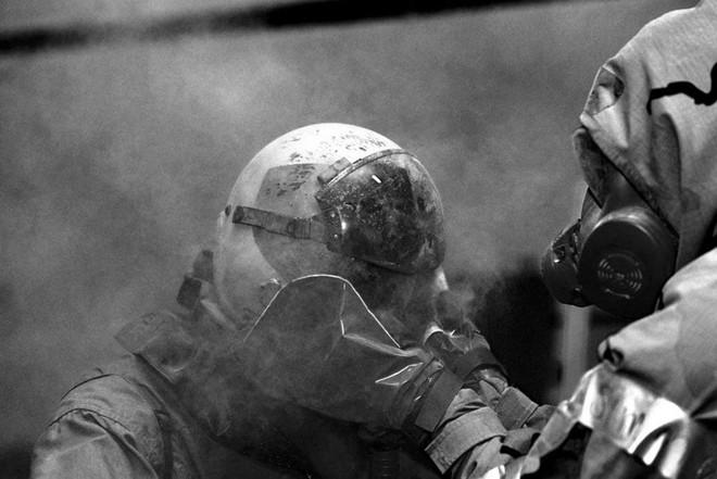Quy trình khử độc từ vũ khí hủy diệt hàng loạt của quân đội Mỹ ảnh 8