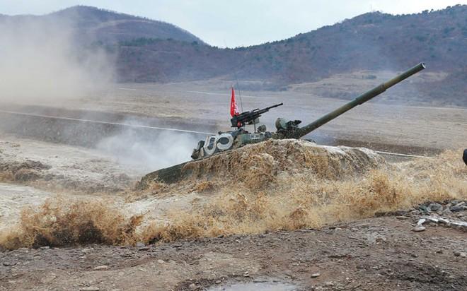 Thiết giáp Triều Tiên so tài tại giải đấu tăng nội địa ảnh 2