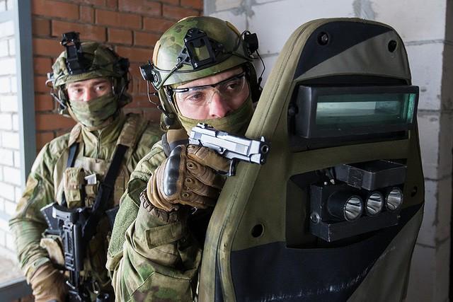 """Sức mạnh """"đáng nể"""" của Vệ binh Quốc gia Nga ảnh 6"""