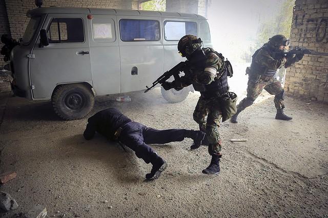 """Sức mạnh """"đáng nể"""" của Vệ binh Quốc gia Nga ảnh 9"""