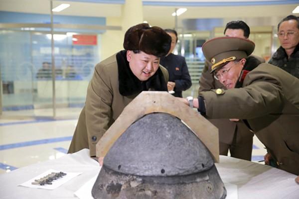 Ném bom mạnh nhất diệt IS, Mỹ đang dằn mặt Triều Tiên ảnh 2