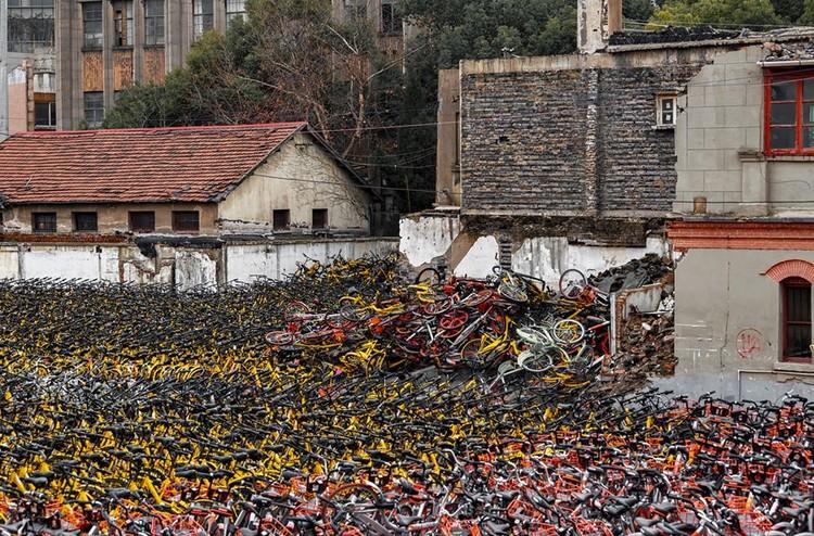 """Những """"nghĩa trang"""" xe đạp khổng lồ ở Trung Quốc ảnh 3"""