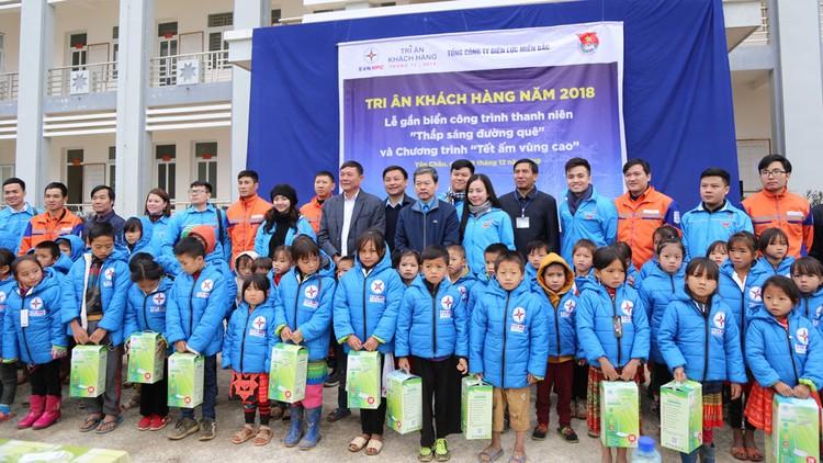EVNNPC: Nhiều hoạt động vì cộng đồng tại Sơn La và Yên Bái ảnh 1