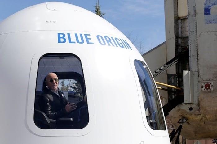 Jeff Bezos đã xây dựng đế chế Amazon và trở thành người giàu có nhất thế giới như thế nào? ảnh 3