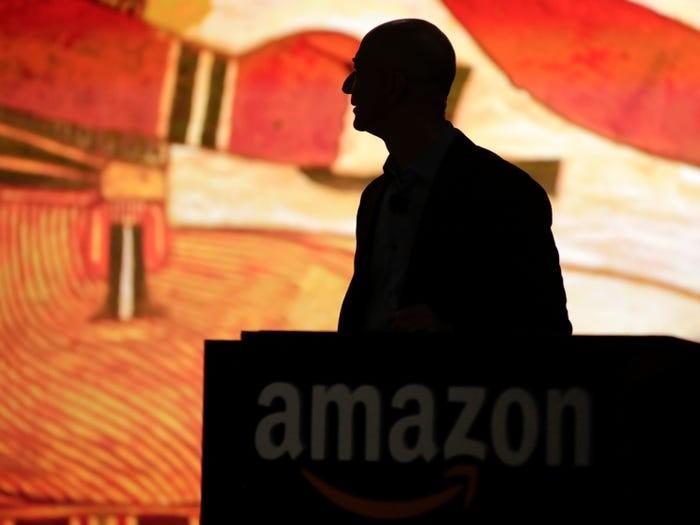 Jeff Bezos đã xây dựng đế chế Amazon và trở thành người giàu có nhất thế giới như thế nào? ảnh 6