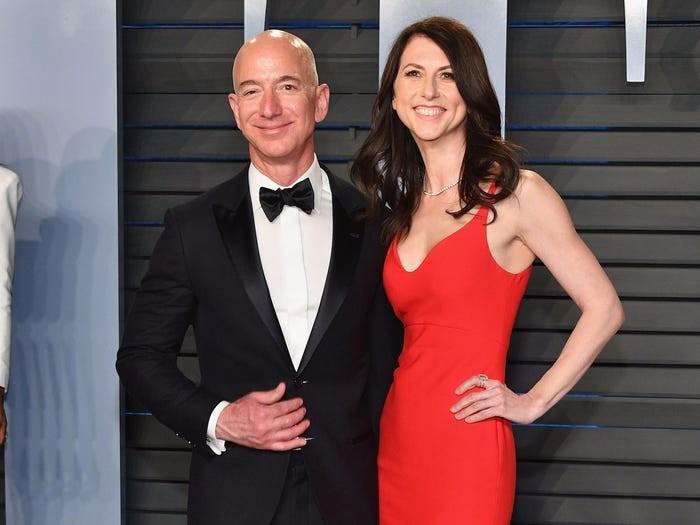 Jeff Bezos đã xây dựng đế chế Amazon và trở thành người giàu có nhất thế giới như thế nào? ảnh 12