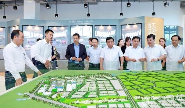 Bộ trưởng Nguyễn Chí Dũng đôn đốc giải ngân vốn đầu tư công tại địa phương ảnh 3