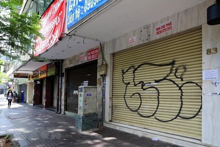 Hàng loạt cửa hàng ở TP Hồ Chí Minh phải đóng cửa do ế ẩm ảnh 8