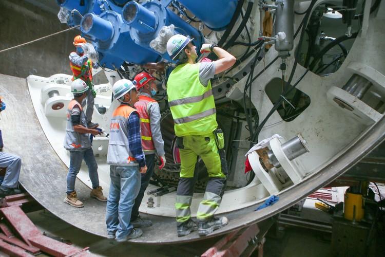 Robot đào hầm của tuyến đường sắt đô thị số 3, đoạn Nhổn - ga Hà Nội được lắp ráp như thế nào? ảnh 4