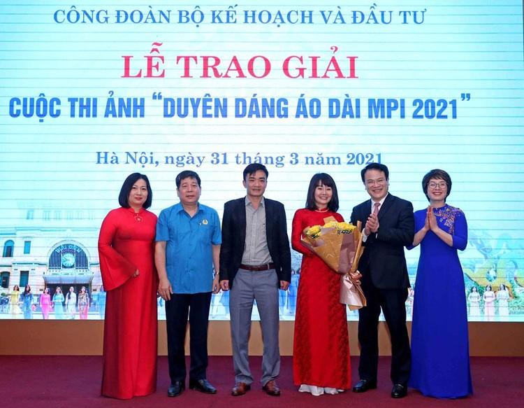 Cuộc thi Duyên dáng áo dài MPI 2021 thành công rực rỡ ảnh 1