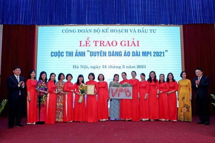Cuộc thi Duyên dáng áo dài MPI 2021 thành công rực rỡ ảnh 2